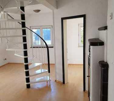 Exklusive, gepflegte 3-Zimmer-DG-Wohnung mit Dachterasse in Leinfelden-Echterdingen ( Oberaichen )