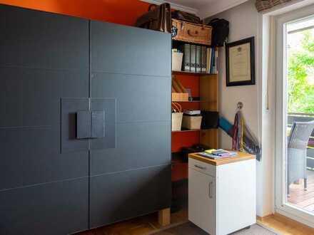 Ruhiges Zimmer mit Balkon in sonniger 3 Zimmer Wohnung in Alt-Solln zu vermieten (5 Minuten Gehweg z