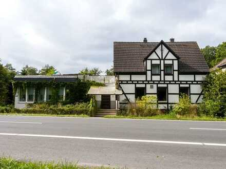 Gaststätte mit Pension und Gartenlokal in Langen