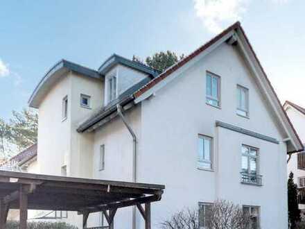 Vollvermietetes Wohnhaus mit 5 Einheiten in Hohen Neuendorf