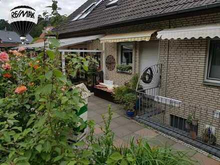 Provisionsfrei   Zweifamilienhaus voll unterkellert in traumhafter Lage in Lotte.