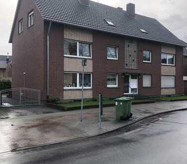 Erstbezug nach Sanierung, schöne drei Zimmer Wohnung in Kleve (Kreis), Kleve