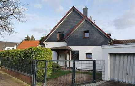 Ein-oder Zeifamlienhaus in Bothfeld - Seltene Gelegenheit !!!