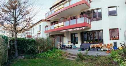 Ruhiges Zimmer mit Garten und großem Wohnbereich mitten in Ehrenfeld