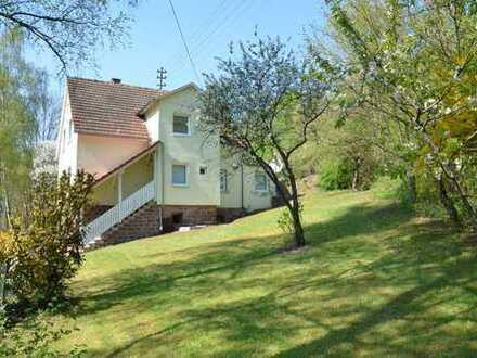 *HTR Immobilien GmbH* Komforthaus in Alleinlage, Innen alles Neu! Pelletheizung