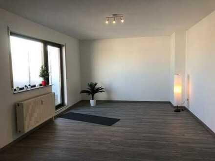 Schöne moderne 1-Zimmer-Penthauswohnung
