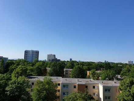 2-Zimmer-Wohnung über den Dächern Münchens