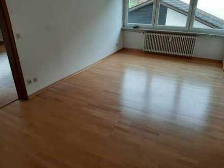 Gepflegte 4,5-Zimmer-Wohnung mit Balkon in Neckargemünd