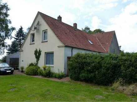 Tierhalter aufgepasst! Mehrfamilienhaus mit großem Grundstück in Wagenfeld zu verkaufen!