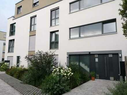 Freundliche und helle 4-Zimmer-Wohnung in Offenbach-Bieber zu vermieten *Provionsfrei*