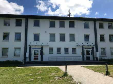Solide Büroflächen mit Hafennähe im Norden von Bremerhaven