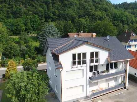 Schöne 4-Zimmer Wohnung mit Balkon und Gemeinschaftsgarten im Ortszentrum von Wutöschingen