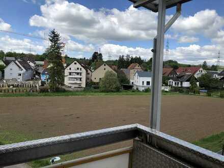 Klein aber fein: 2Zi- DG-Wohnung für Einzelperson in Magstadt