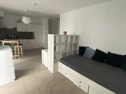 1 Zimmer Apartment mit Terrasse und EBK