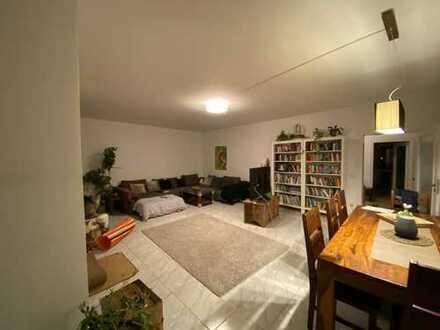98qm Innenstadt WG geeignet 37qm Wohnzimmer 2 Schlafzimmer