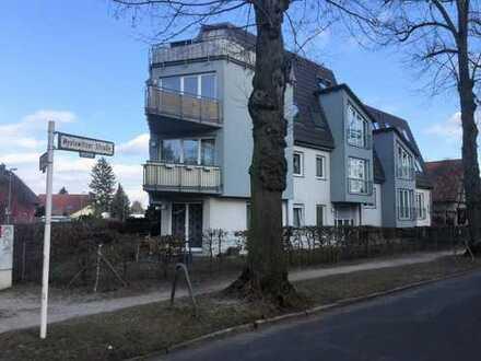 Bild_Ruhige 2-Zimmer-Whg. (1.OG) im Grünen mit Balkon und großer Küche, 5 min zum S-Bhf. Kaulsdorf