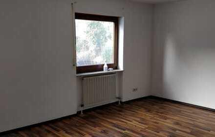Vollständig renovierte Wohnung mit Balkon und Einbauküche in Remseck