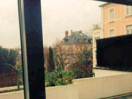 Sonnige 3-Zimmer- Terrassenwohnung nähe Düreranlagen