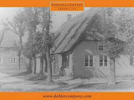 Historisches Friesenhaus unter Reet