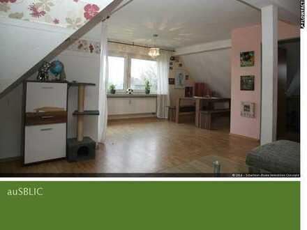 2-Zimmer Dachgeschoßwohnung in ruhiger Wohnlage