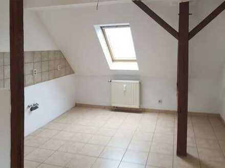 Sonnige Singlewohnung mit toller Wohnküche!