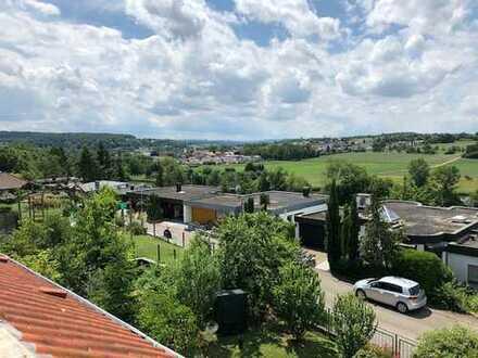 Provisionsfrei. Gepflegte 4,5-Zimmer-Maisonette-Wohnung in Remseck- Hochberg