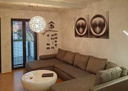 Moderne Zwei-Zimmer-Wohnung in der Baden-Badener Cité