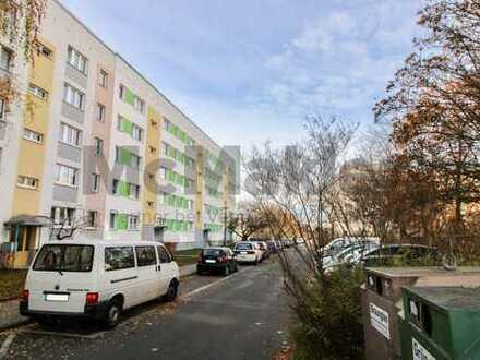 Gepflegt und sicher vermietet: 3-Zi.-ETW mit Balkon in Halle-Südstadt!