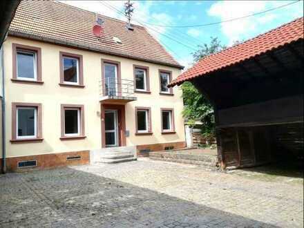 ***Interessantes Einfamilienhaus mit Scheune und viel Platz***