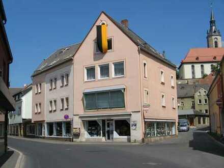 Zentral gelegenes Stadthaus inkl. großzügiger Gewerbefläche