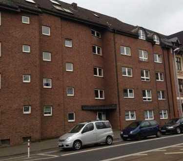 Attraktive 2-Zimmer-Erdgeschosswohnung mit Balkon und EBK in Mülheim an der Ruhr