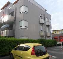 Anlageobjekt! Vermietet! Seniorengerecht ! Tolle 2-Zimmerwohnung mit Süd/West Balkon und Fahrstuhl!