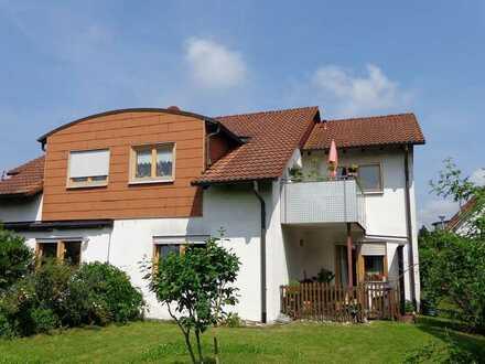 Vermietete 3-Zimmer-Dachgeschosswohnung -RESERVIERT-