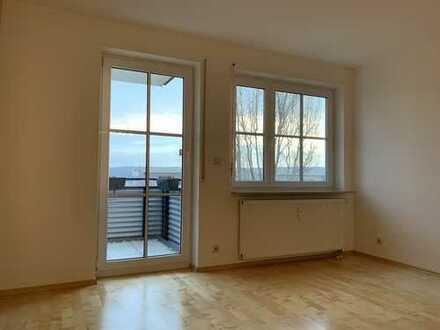 Exklusive, gepflegte 3,5 - Zimmer-Wohnung mit Balkon und Einbauküche in Waiblingen