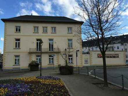 Ehemaliges Schulungsgebäude im Döbelner Zentrum zu vermieten