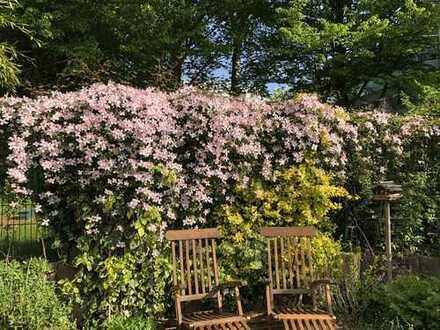 Hochwertiges, gepflegtes Reihenhaus mit schön angelegtem Garten – zentrumsnah - von privat zu vermie