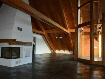Exklusive Dachgeschosswohnung mit tollem Rundumblick