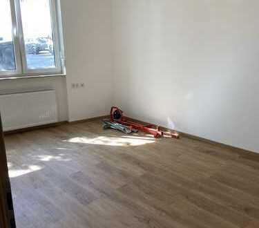 Kernsanierte 5 Zimmerwohnung