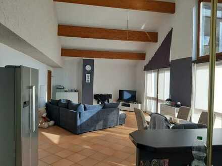 Lichtdurchflutete Wohnung mit Balkon, Einbauküche und Sauna in Hohen-Sülzen zu vermieten