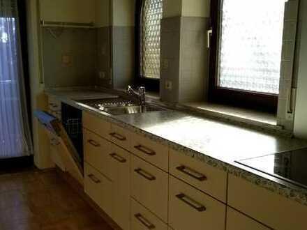 Schöne, geräumige 4 Zimmer Wohnung in Memmingen -Steinheim mit Balkon und Einbauküche