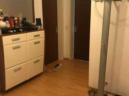 Freundliches Zimmer in 3er WG, mit Blick über Durlach
