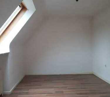 Klein aber fein! Einzimmerwohnung im Dachgeschoss!