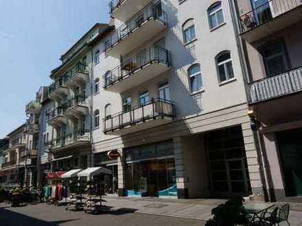 """""""Mitten"""" in Bad Nauheim ! Riesige 3 Zi.-Wohnung"""