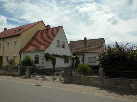 Grünstadt - Nähe Peterspark, 2 Einfamilienwohnhäuser auf ca. 1.000m² Grundstück in ruhiger Lage