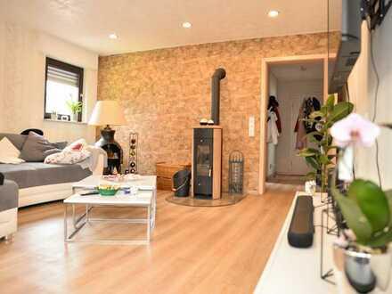 Stilvolle, neuwertige 3-Zimmer-EG-Wohnung mit Balkon in Hemsbach