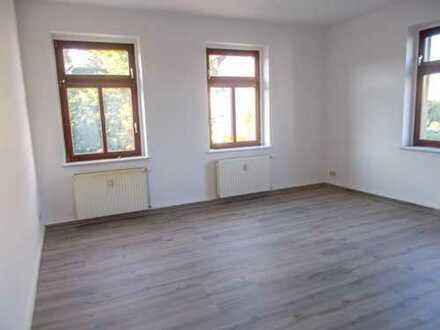 Zwenkau bei Leipzig eine neu sanierte 2 Raum Wohnung ab sofort
