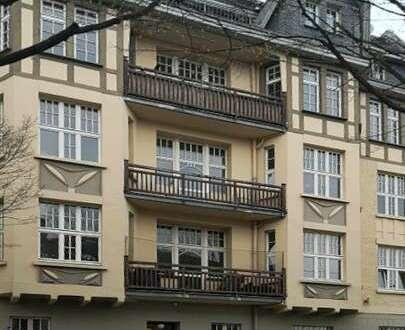 Wohnen im Jugendstilhaus, ( 2 ZKB, Balkon, Einbauküche)