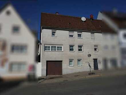 *Lage Lage Lage* Handwerker aufgepasst: Wohnhaus zum Sanieren im Herzen von Böblingen!