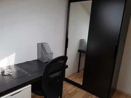 WG-Zimmer Debschwitz (vollmöbliert, Internet, TV)