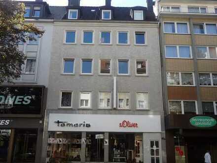 Dachgeschosswohnung in der Fußgängerzone, nähe Stadttheater
